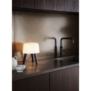 Milk_Table_Lamp_Na1_stolowa_&Tradition