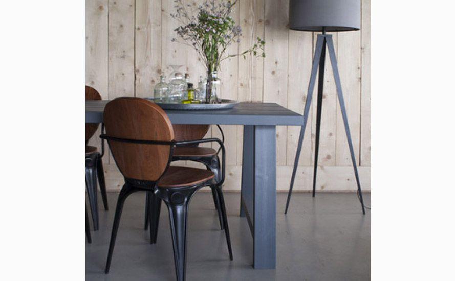 Nowoczesne meble do salonu - krzesła